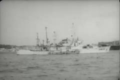 배 및 항구 주변 스케치